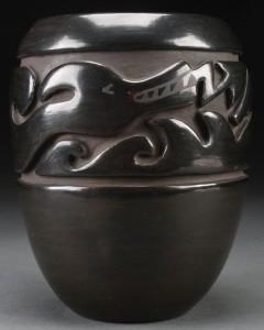 Margaret Tafoya, Santa Clara Pueblo Blackware Jar – Avanyu